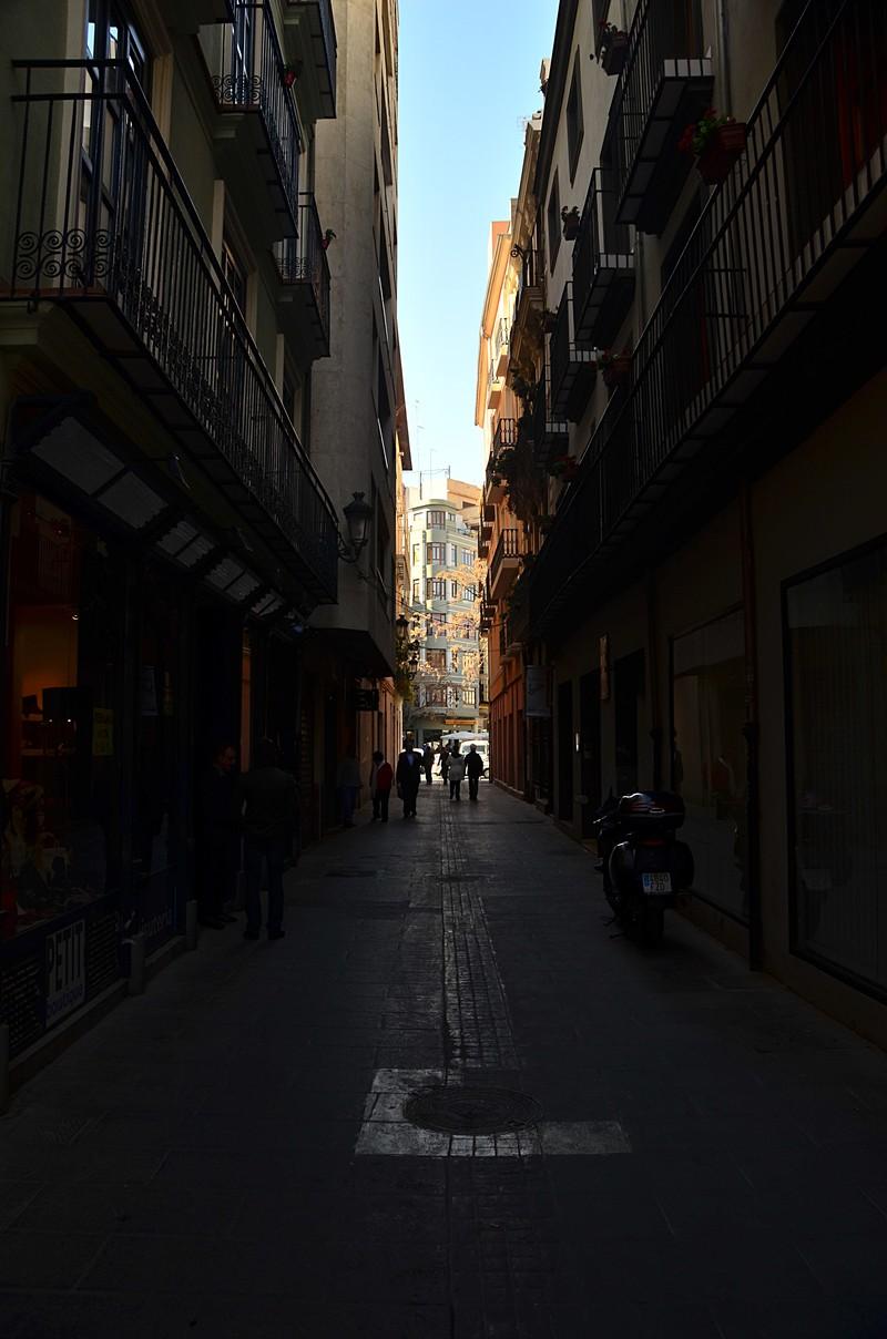 mar 07 7353 alley