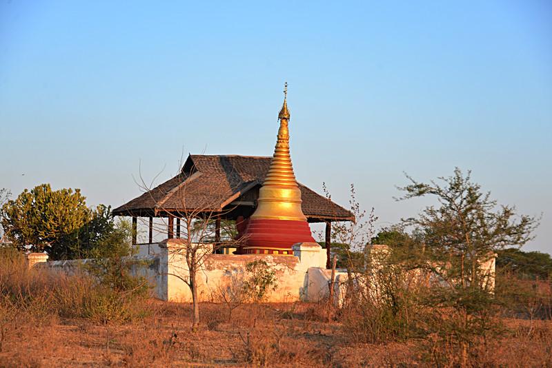mar 08 0910 golden pagoda