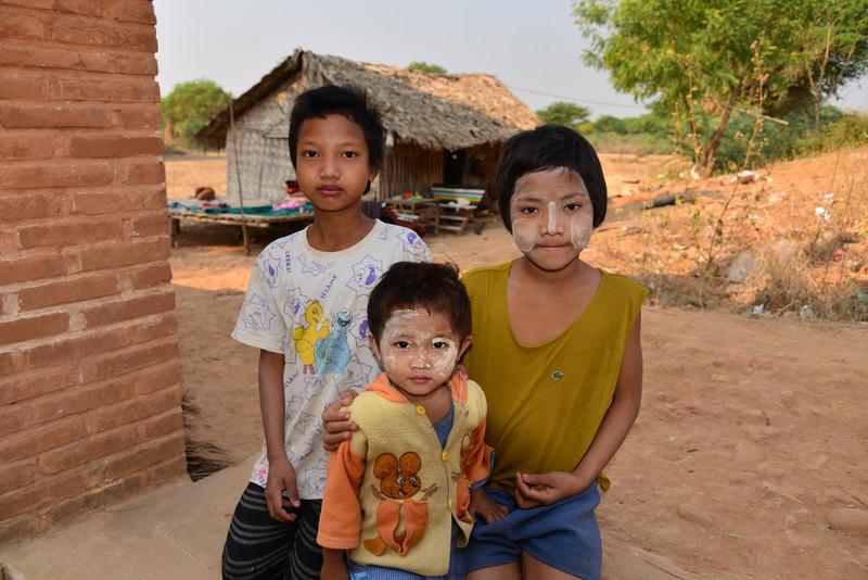 mar 09 1209 stupa kids