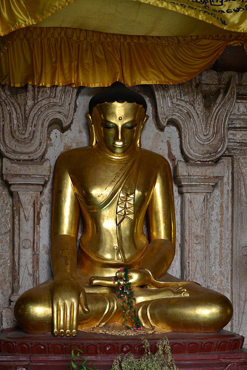 mar 10 1426 gold buddha