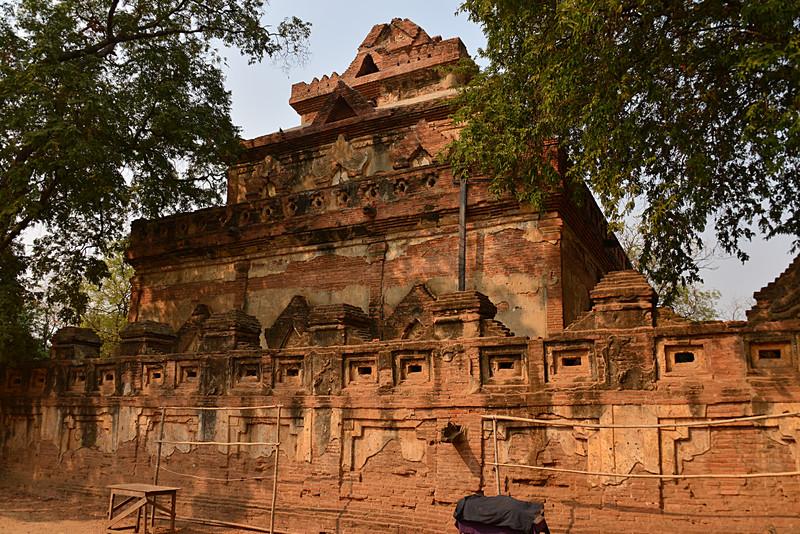 mar 10 1547 pagoda facade