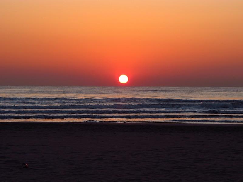 mar 11 3108 sunrise waves