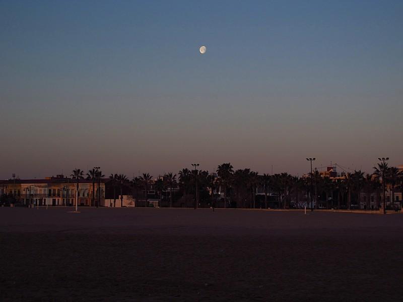 mar 11 3120 sunrise moon