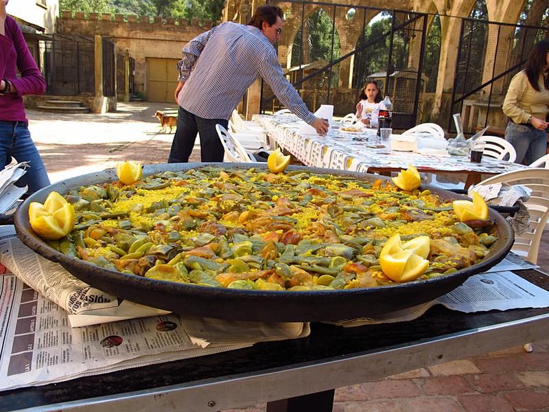 mar 11 3294 paella with lemon