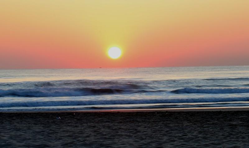 mar 11 8325 sunrise blur