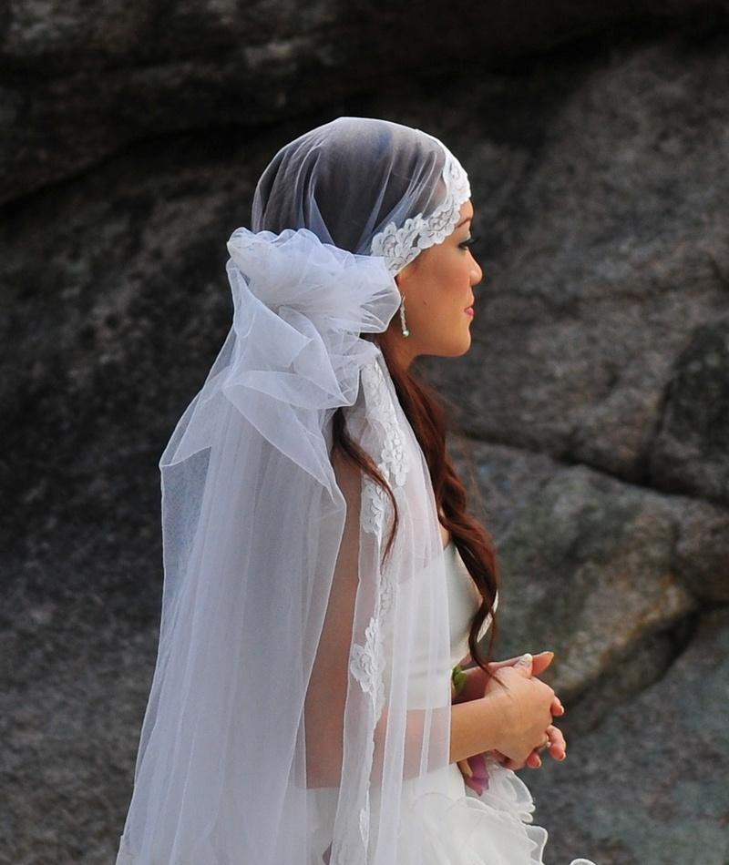 mar 13 7938 bride to be close