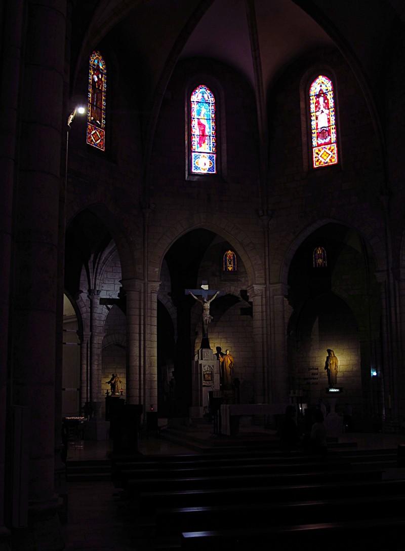 mar 16 3452 inside church