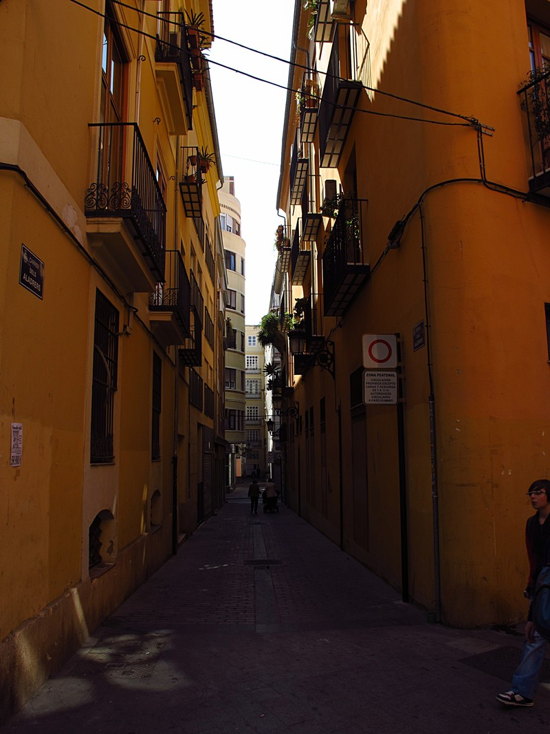mar 16 3506 orange alley