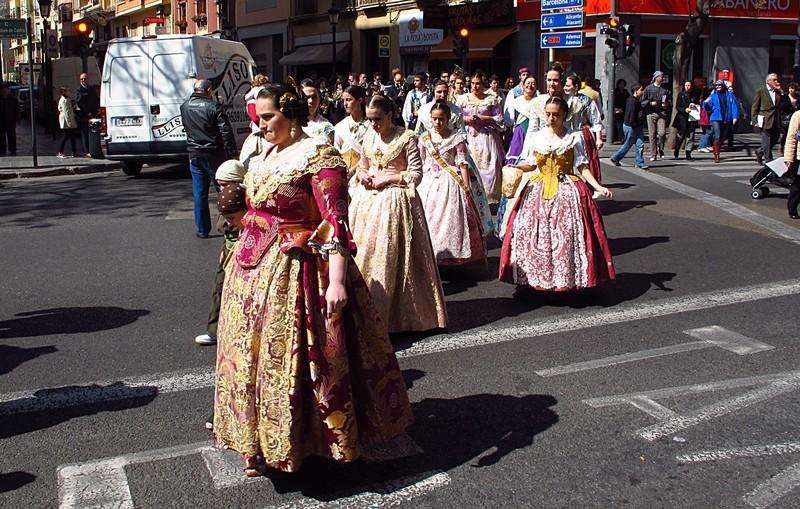 mar 16 3524 traditional dress
