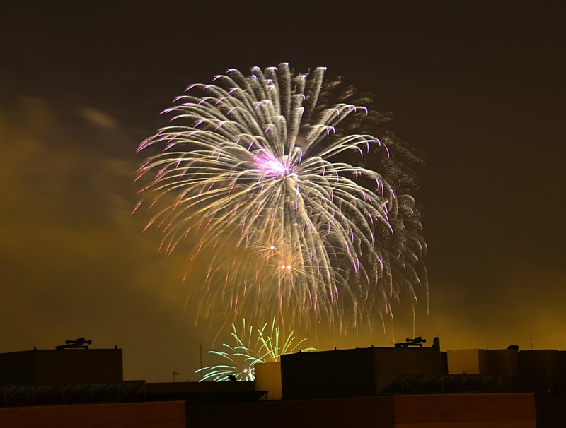 mar 17 9076 fireworks burst