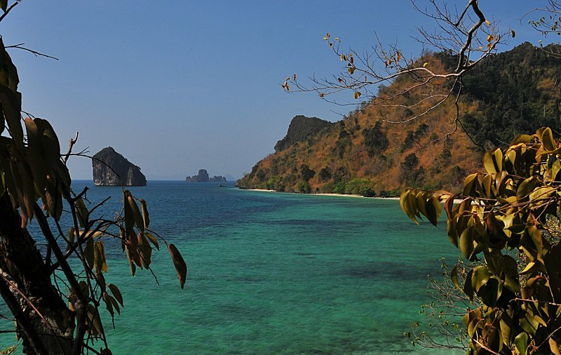 mar 18 8558 island sea
