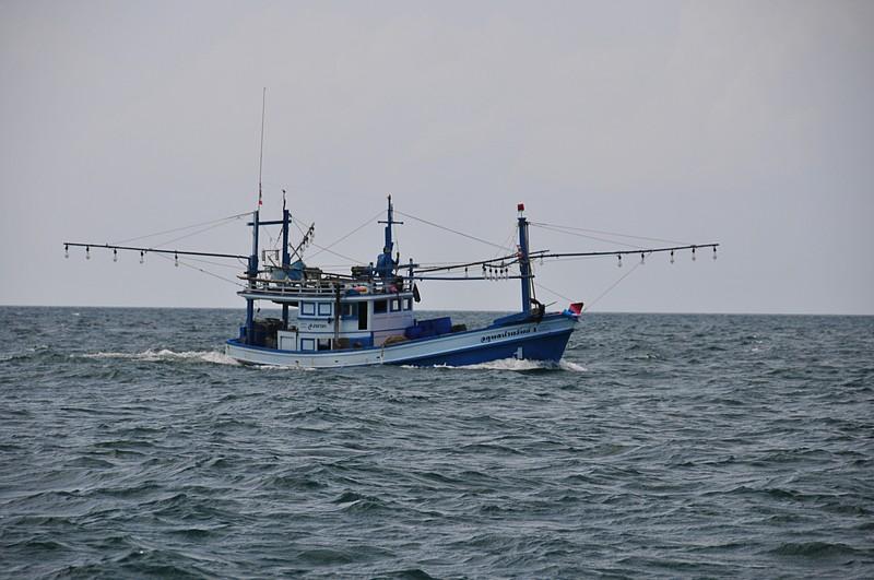mar 18 8602 fishing boat
