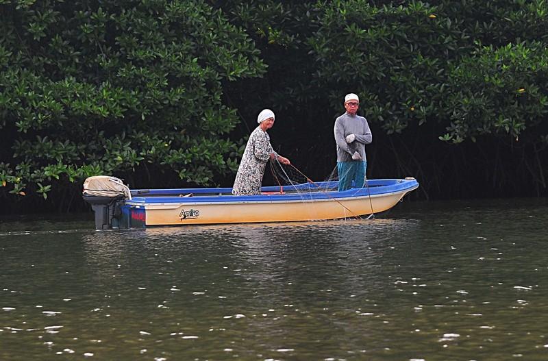 mar 27 0348 fishercouple net