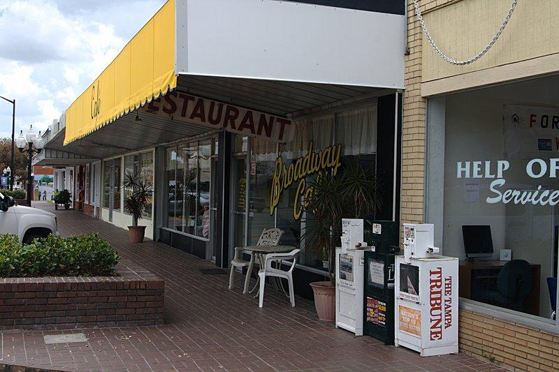 mar 31 2297 broadway cafe