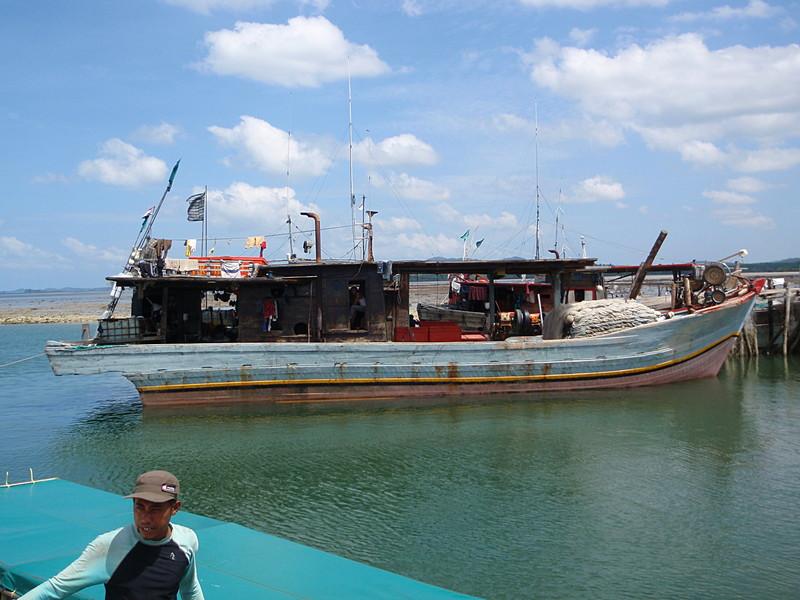 may 02 0040 fishing boat