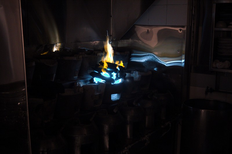 nov 05 8605 claypot flame