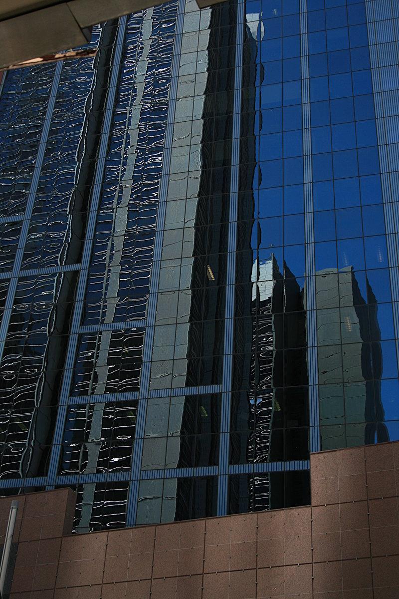 nov 18 3264 building reflection