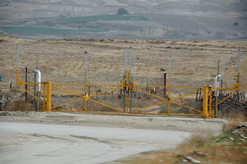 nov 19 2127 west bank gate