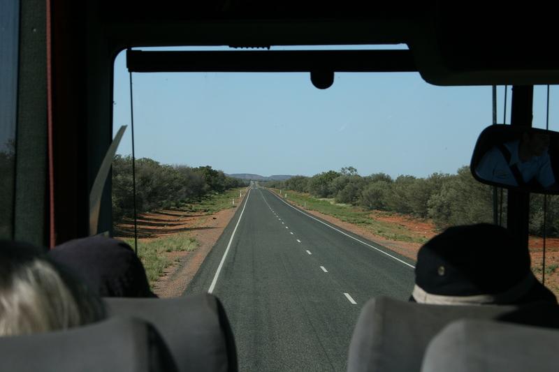 nov 23 4525 road to uluru