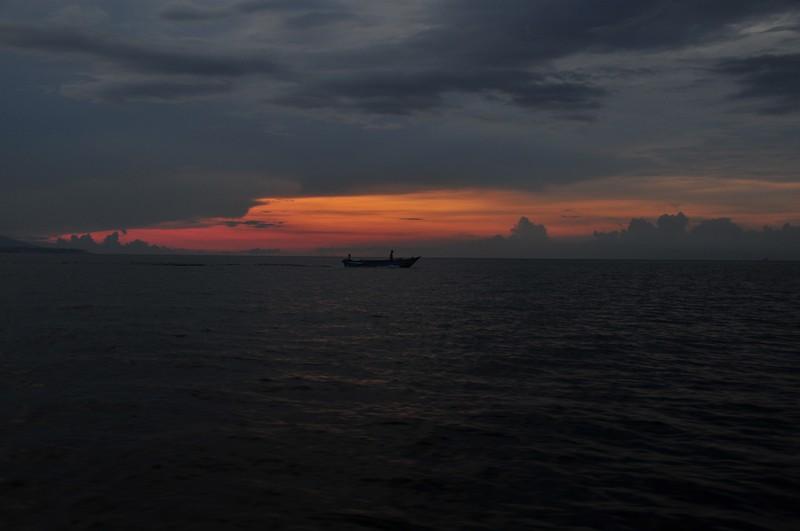 nov 26 7776 sunset fishing