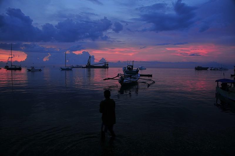nov 26 7820 our boat sunset