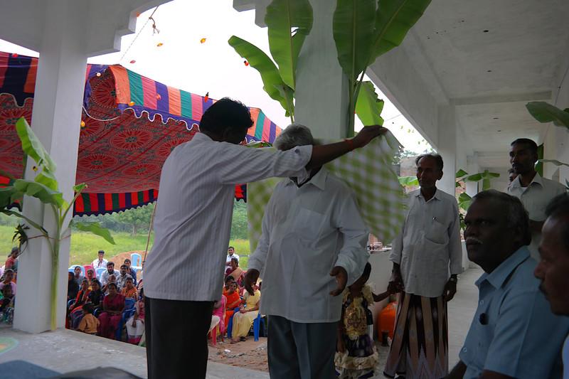 nov 28 8094 ceremony shawl