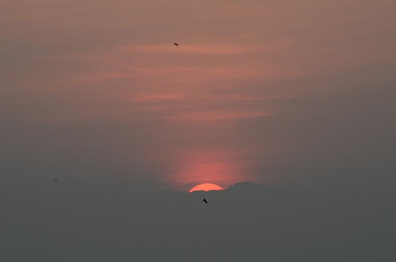 oct 03 2576 sunrise begin