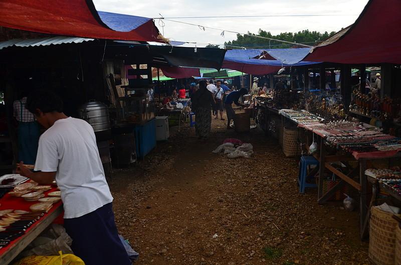 oct 12 0940 friday market
