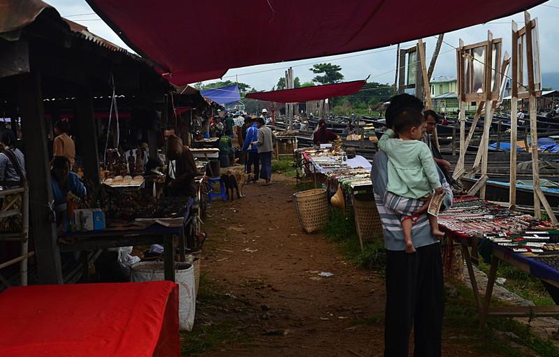 oct 12 0941 friday market