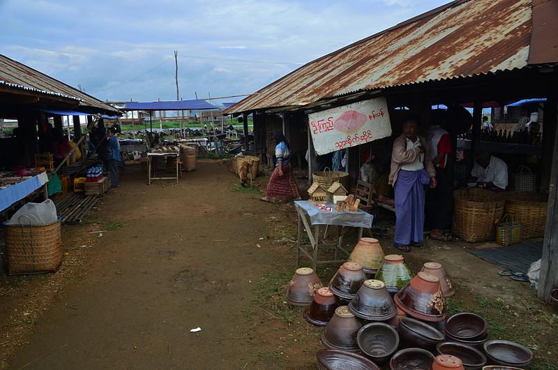 oct 12 0948 friday market
