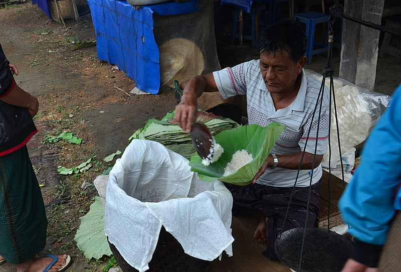 oct 12 0955 lotus leaf rice