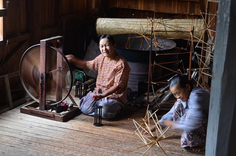 oct 12 1155 spinning lotus thread