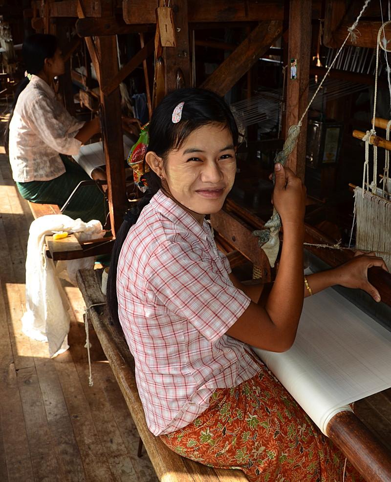oct 12 1203 smiling weaver