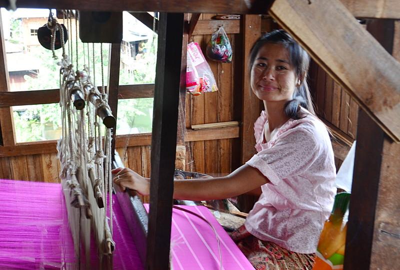 oct 12 1239 weaving silk