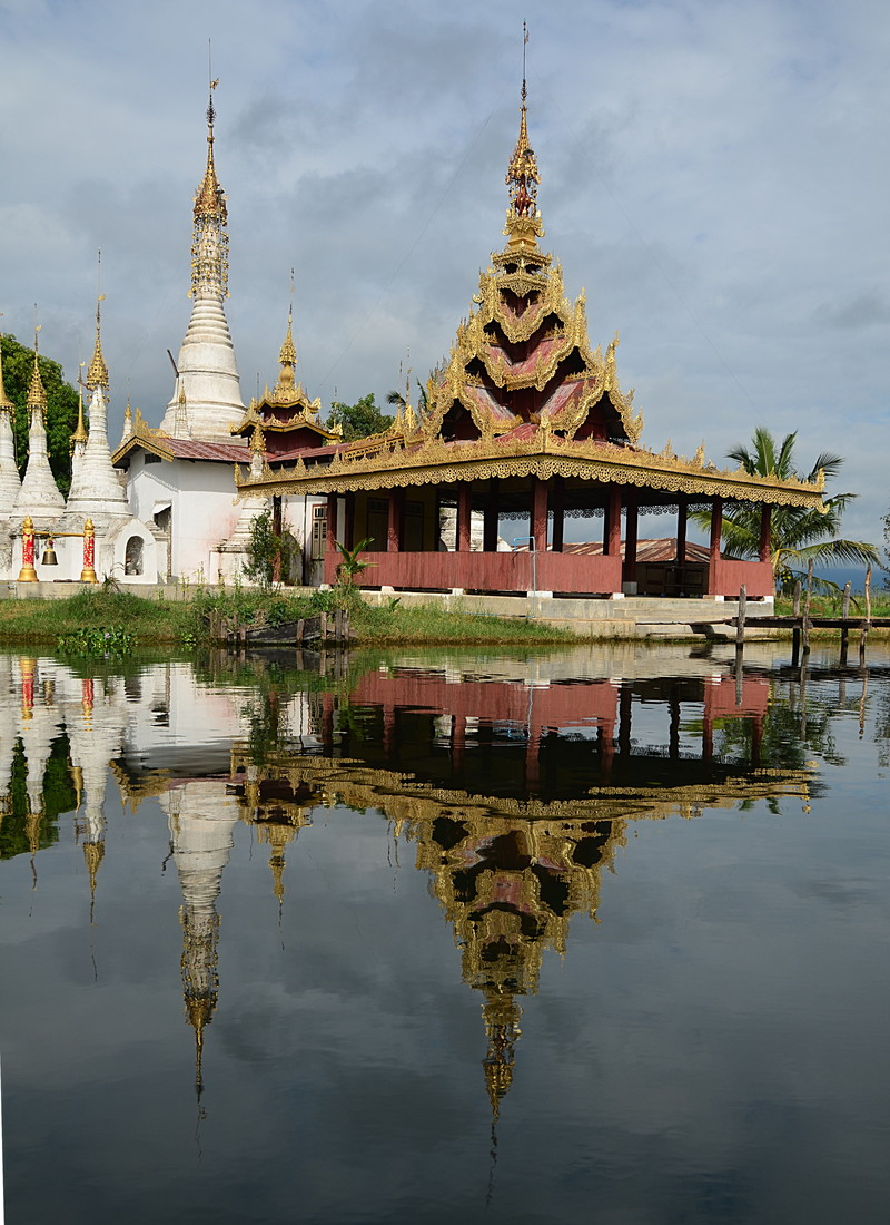 oct 12 1272 temple reflections