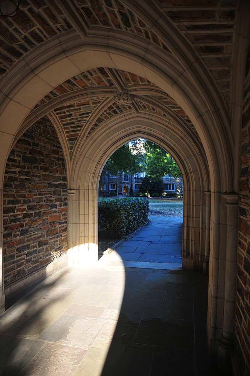 oct 19 1595 inside arch