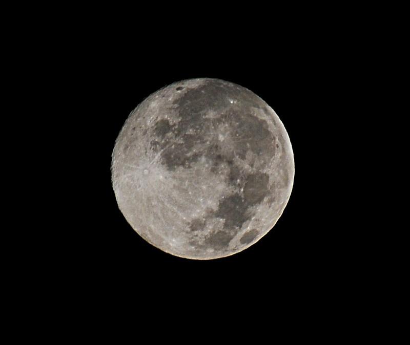 oct 22 2692 moon
