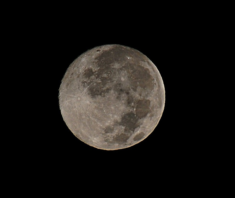 oct 22 2703 moon
