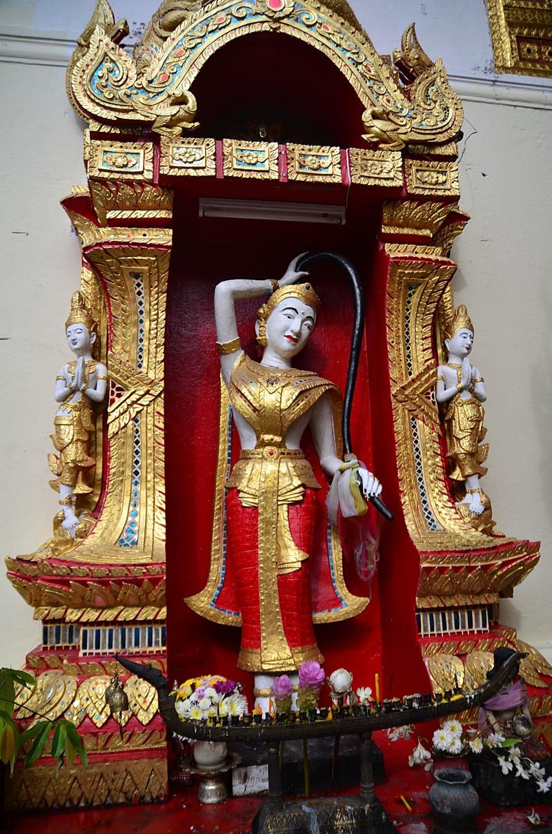 sep 16 8499 statue