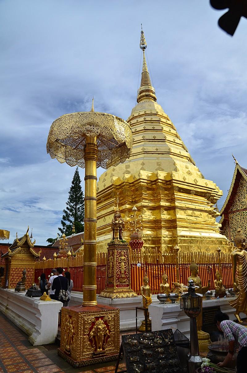 sep 16 8528 gold stupa