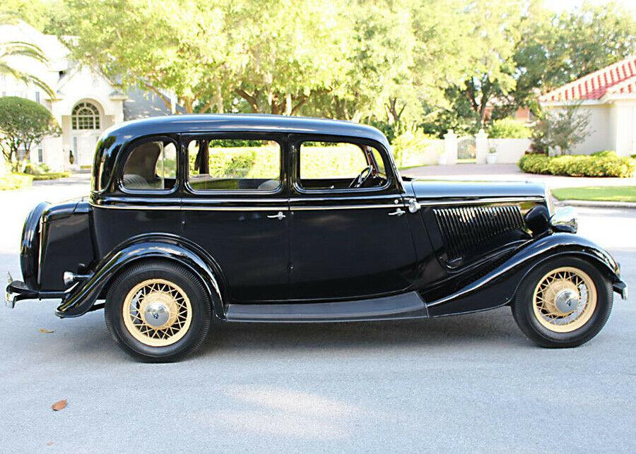 1934 Ford Sedan 4 Door All Steel Flathead V8 Original