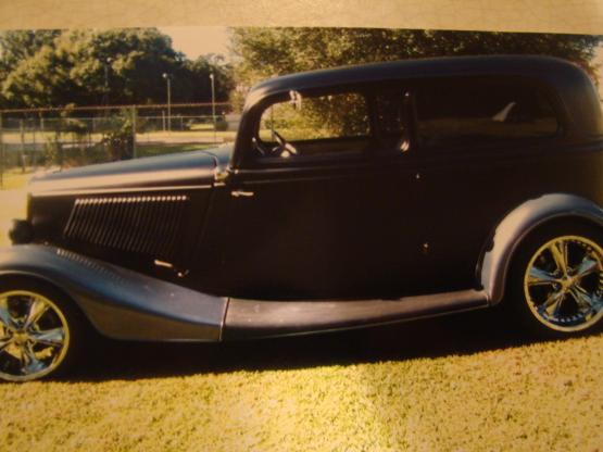 1933 Ford Sedan 2 Door All Steel Original Restored Sedan