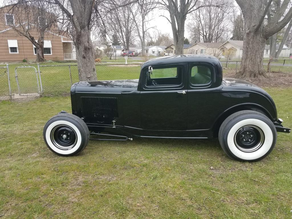 1932 Ford 5 Window 2 Door 5 Window Chopped Coupe Five