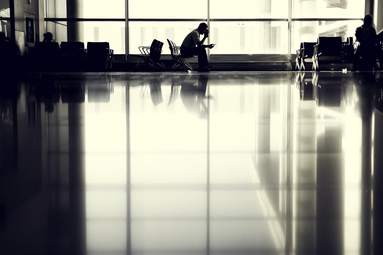 Resultado de imagen de airport wait tumblr