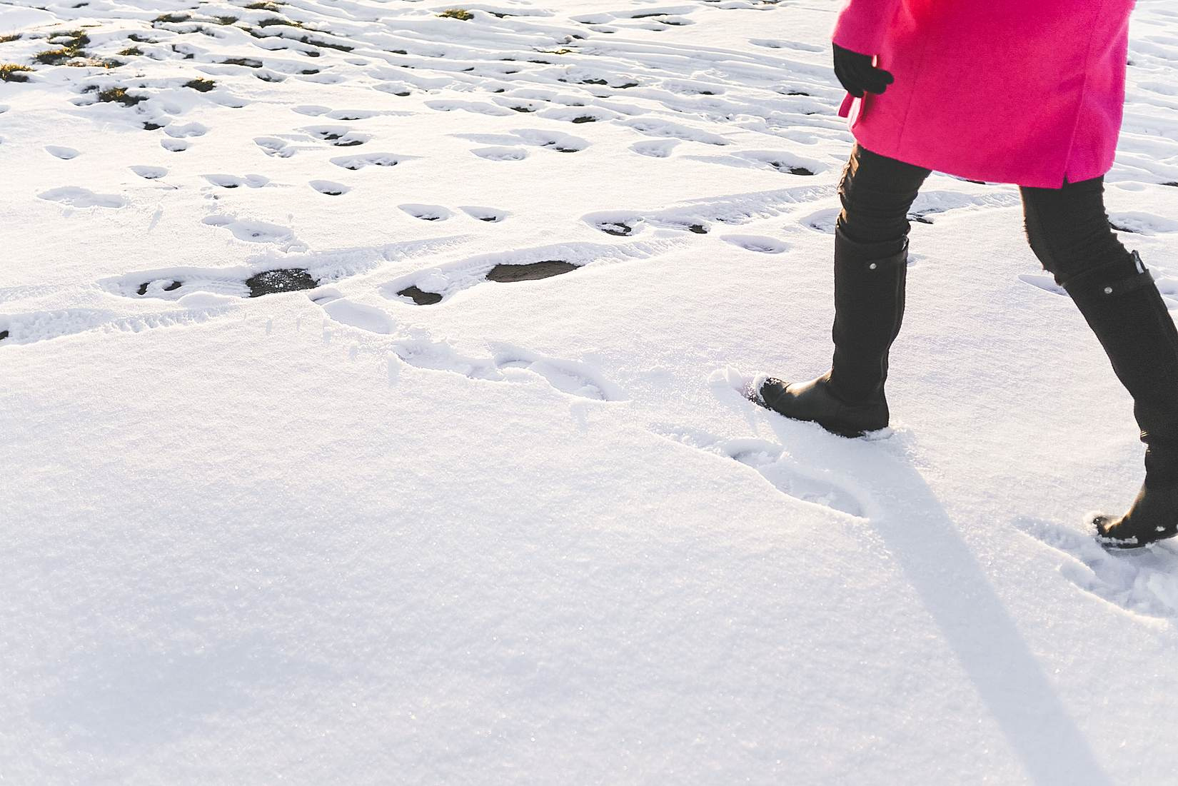 walking in the snow - photo #11