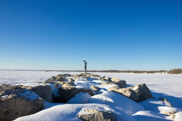 high-cliff-state-parkiwisconsin-rocks-on-the-lake-high-cliff-state-park