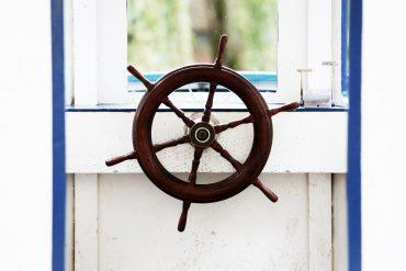 Life-of-Pix-free-stock-boat-bar-wood-LEEROY-1440x960