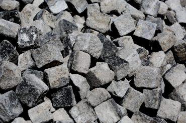 Life-of-Pix-free-stock-rocks-cube-texture-LEEROY-1440x955