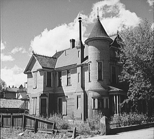 old queen anne victorian style house in leadville colorado - Victorian Style House
