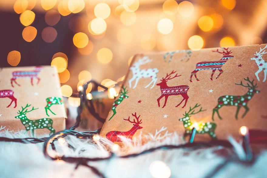 Christmas Gifts Still Life with Beautiful Bokeh Bokeh, Christmas ...